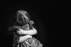 1_NinaAdams_Hugging Sisters